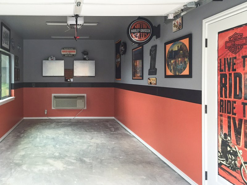 Garage Before Modular Flooring Installation