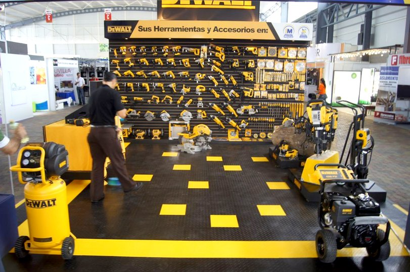 Racedeck Flooring In A Shop
