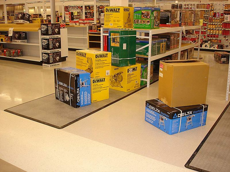 Modular Flooring For Shop